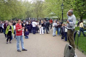 speakers-corner-ug3e